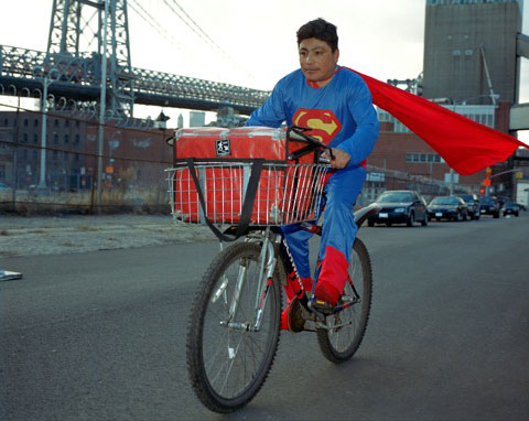 Dulce Pinzon - NOE REYES from the State of Puebla works as a delivery boy in Brooklyn, New York. He sends 500 dollars a week